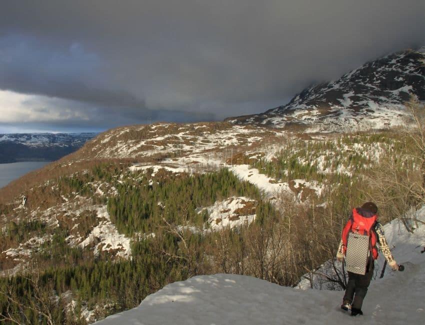 På vandretur i sne med Line Skov